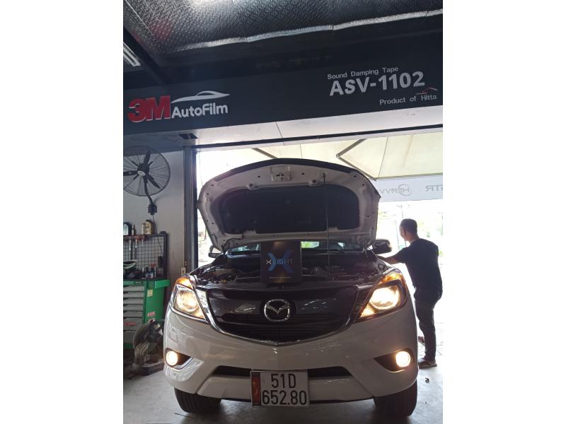 Độ đèn nâng cấp ánh sáng Bi Lazer Xlight v10L xe Mazda BT50
