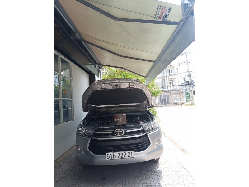 Độ đèn nâng cấp ánh sáng Bi Led Titan Silver xe Innova