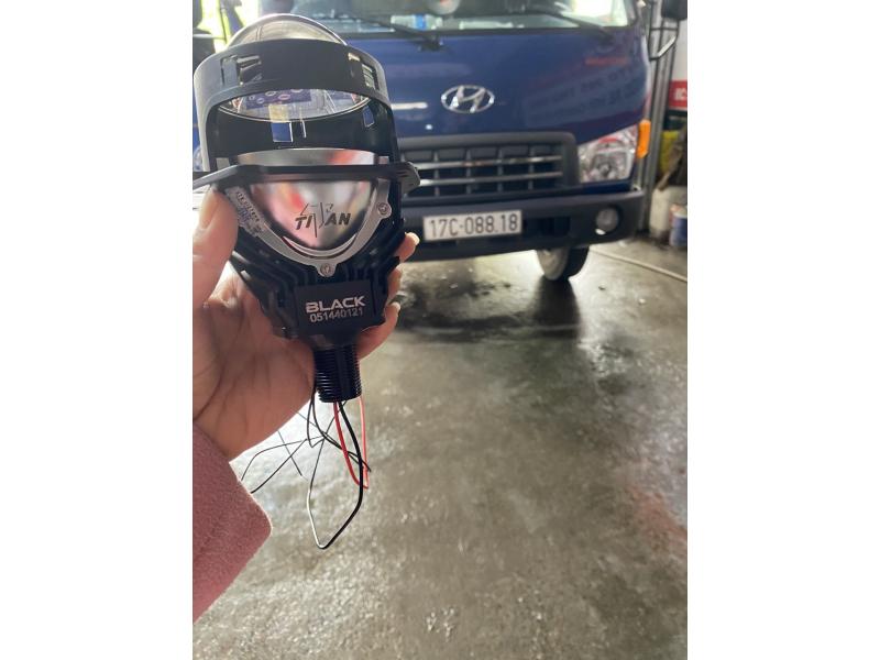 Độ đèn nâng cấp ánh sáng XE TẢI HUYNDAI - BI LED TITAN BLACK ĐUÔI XOÁY
