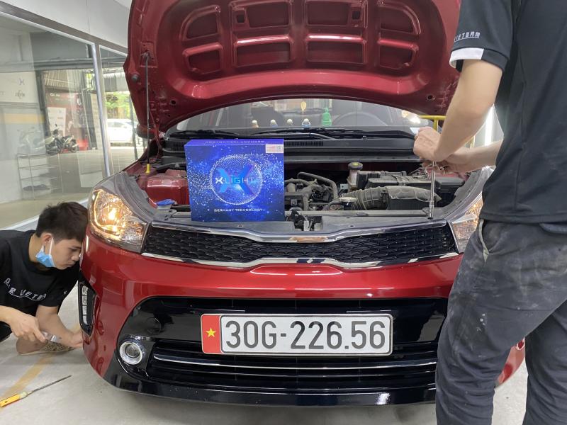 Độ đèn nâng cấp ánh sáng Bi Led X-Light V20 cho KIA Soluto