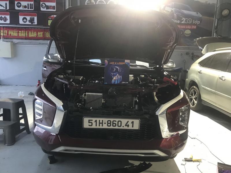Độ đèn nâng cấp ánh sáng Bi laser Henvvei L91 xe Pajero Sport 27/05 Quận 9 - 86041
