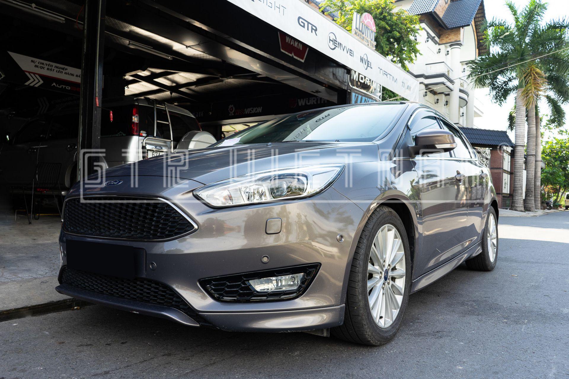 Ford Focus Sáng Cực Xa Với Bi Laser Henvvei L91